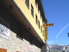 Hotel Chat ***, przelot z Katowic, karnet narciarski w cenie KTW