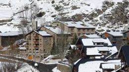 Hotel Del Clos **** Andora, przelot z Poznania, karnet narciarski w cenie POZ