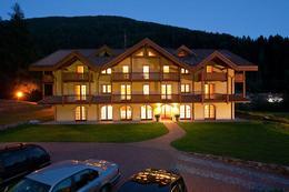 Holidays Dolomiti Apartment Resort - Włochy - Val Rendena (Madonna di Campiglio) - Carisolo Pinzolo