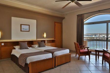 Wczasy na Malcie, Hotel Paradise Bay****, śniadania