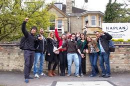 Kursy języka angielskiego, Cambridge, od 16 lat (WBC08)